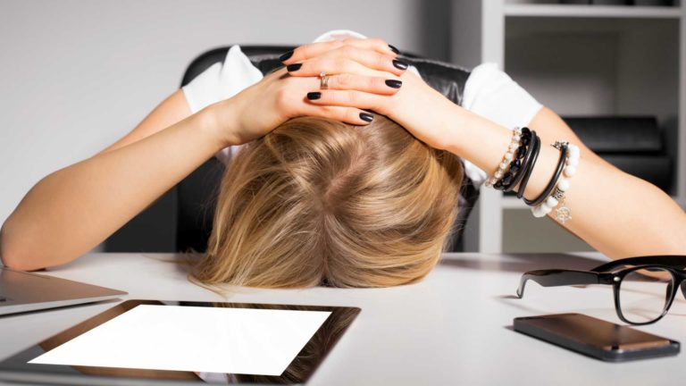 TOP MISTAKES SALESPEOPLE MAKE BUT DON'T REALISE